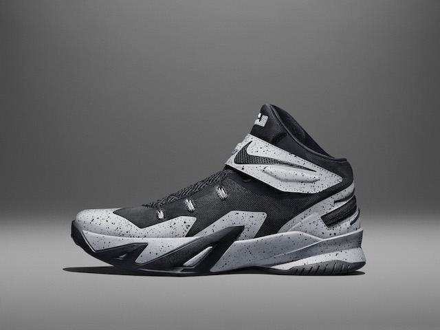 Nike LeBron Soldier 8 Flyease 04