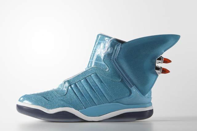 Adidas Originals Shark x Jeremy Scott 02