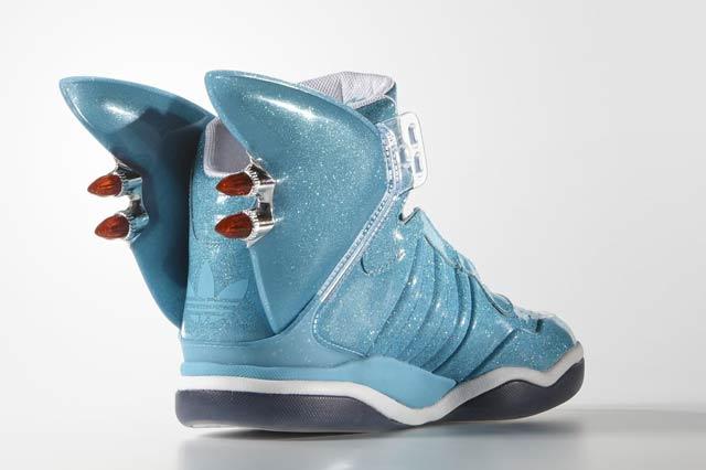 Adidas Originals Shark x Jeremy Scott 03