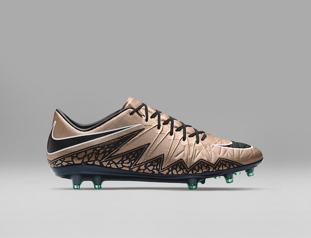Nike Liquid Chrome Pack 08