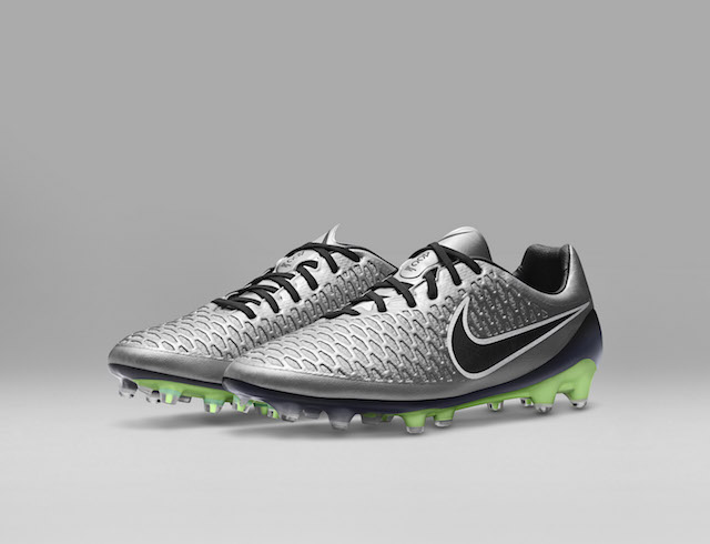Nike Liquid Chrome Pack 11
