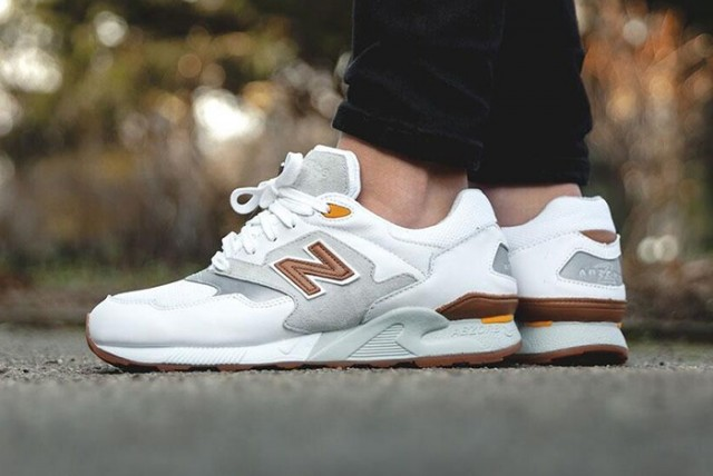 New Balance 878 White Grey 02