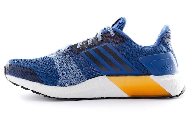 Adidas UltraBoost 04