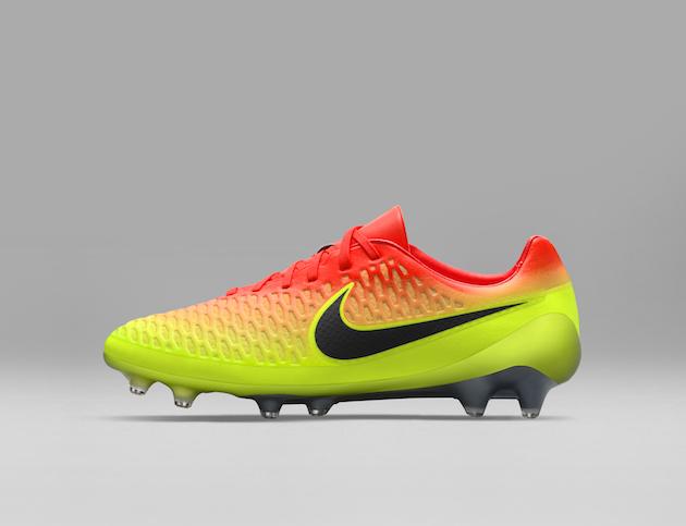 Nike Spark Brilliance Football Pack 02