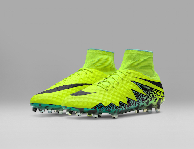Nike Spark Brilliance Football Pack 03