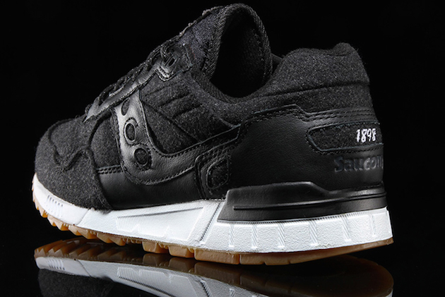 saucony-shadow-5000-varsity-jacquet-05