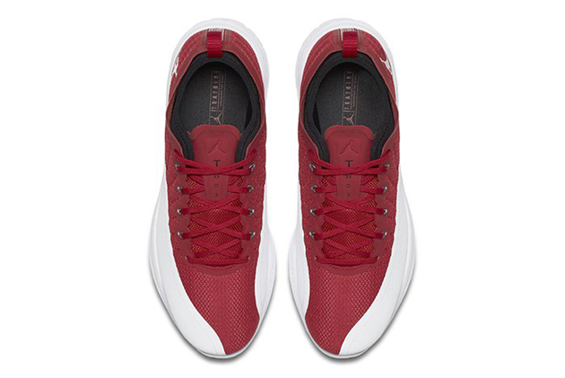 jordan-trainer-prime-gym-red-03