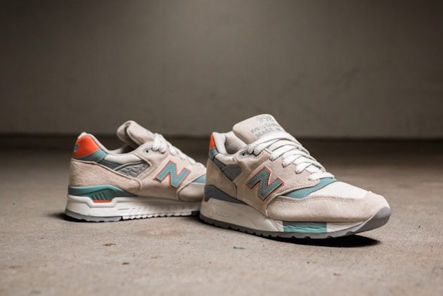 "New Balance ""Sea Salt Pack"" 04"