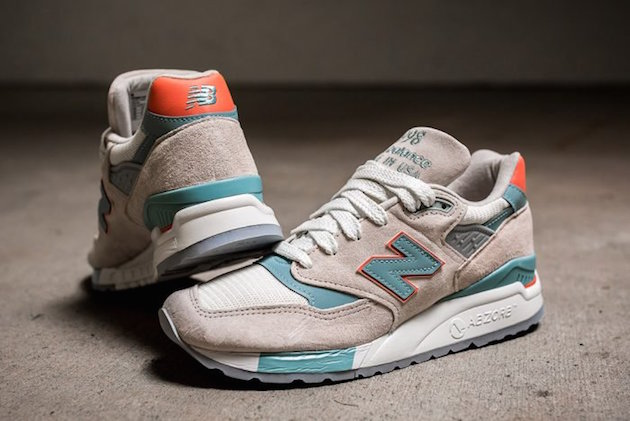 "New Balance ""Sea Salt Pack"" 05"