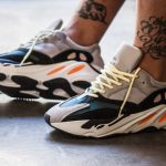 "Adidas Yeezy Boost 700 ""Wave Runner"" para Chile"