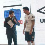 Colo-Colo presentó su nueva camiseta Umbro