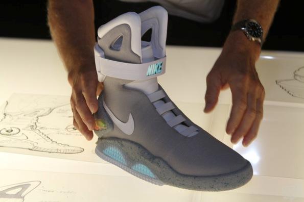 Nike Mag 2015 03