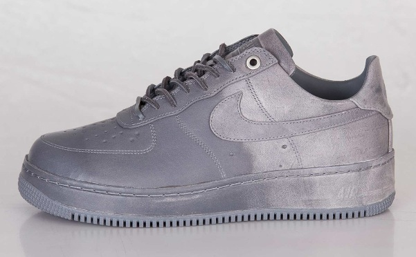 Nike Air Force 1 x Pigalle 01