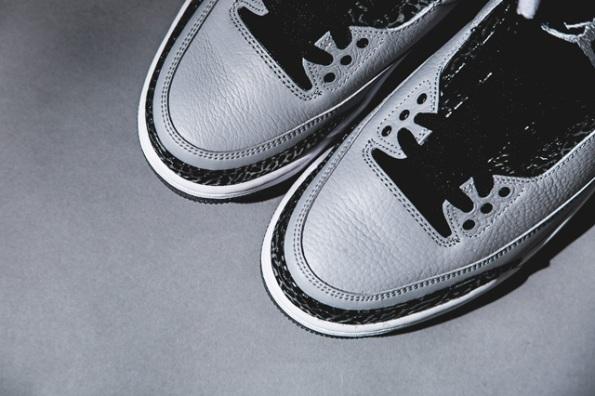Air Jordan 3 Wolf Grey 04