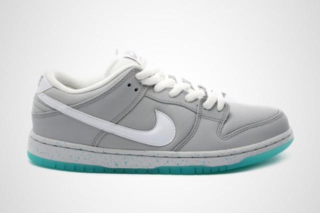 Nike SB Dunk Low McFly 01