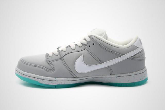 Nike SB Dunk Low McFly 02