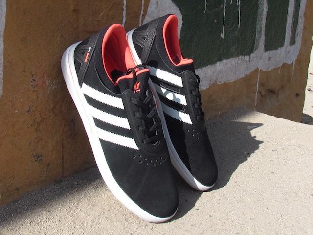 Adidas ADV Boost 01
