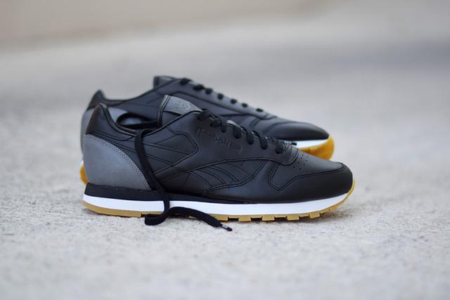 Reebok Classic Leather x BornxRaised 05