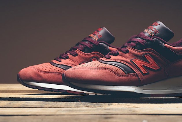 new-balance-997-red-clay-x-horween-leather-02