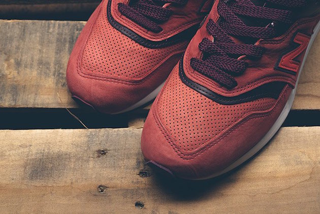 new-balance-997-red-clay-x-horween-leather-05